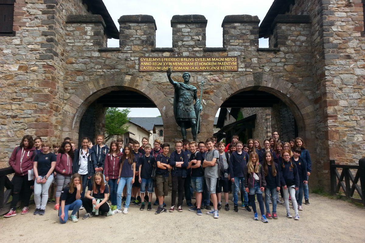 Ausflug zur Saalburg der Lateinklassen 6