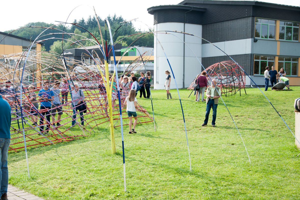 200 Bambusstangen – Kunst und Kulturfest 2017