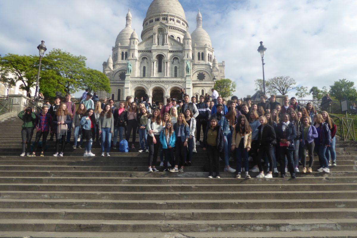 Schüler auf Exkursion nach Paris