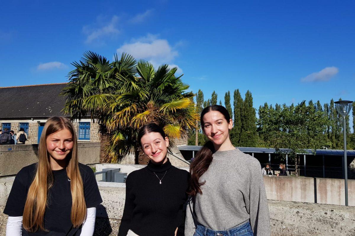 Schülerinnen des EvGBM fahren in die Bretagne